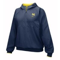 Michigan Women's Nike Woven Pullover Hoody
