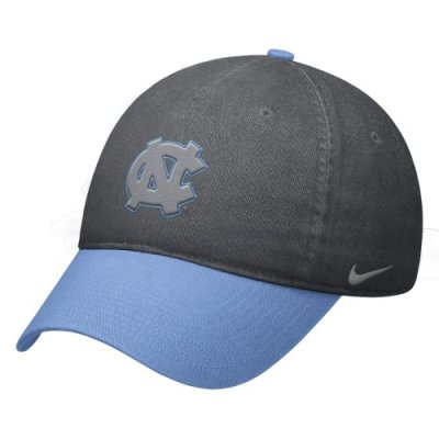 375b28d0 North Carolina Tar Heels Hat - Nike Heritage86 Circus Catch Swoosh Flex Hat