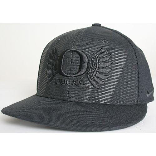 65ee7b035 Nike Oregon Ducks Football Players True Flat Bill Hat